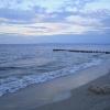 Zum Sonnenuntergang am Strand
